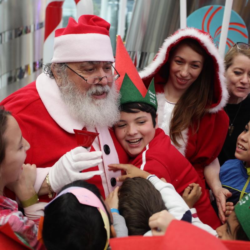 peste-1-200-de-copii-din-mai-multe-ong-uri-se-vor-bucura-de-spiritul-sarbatorilor-de-iarna-la-globalworth-christmas-charity-days-12294