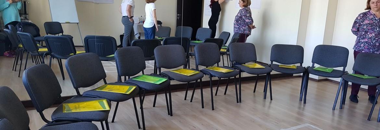 Învatatea prin joc – curs de formare a lucratorilor de tineret